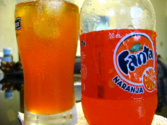 Photo of a 20oz bottle of Fanta from Super Mercado Nacional